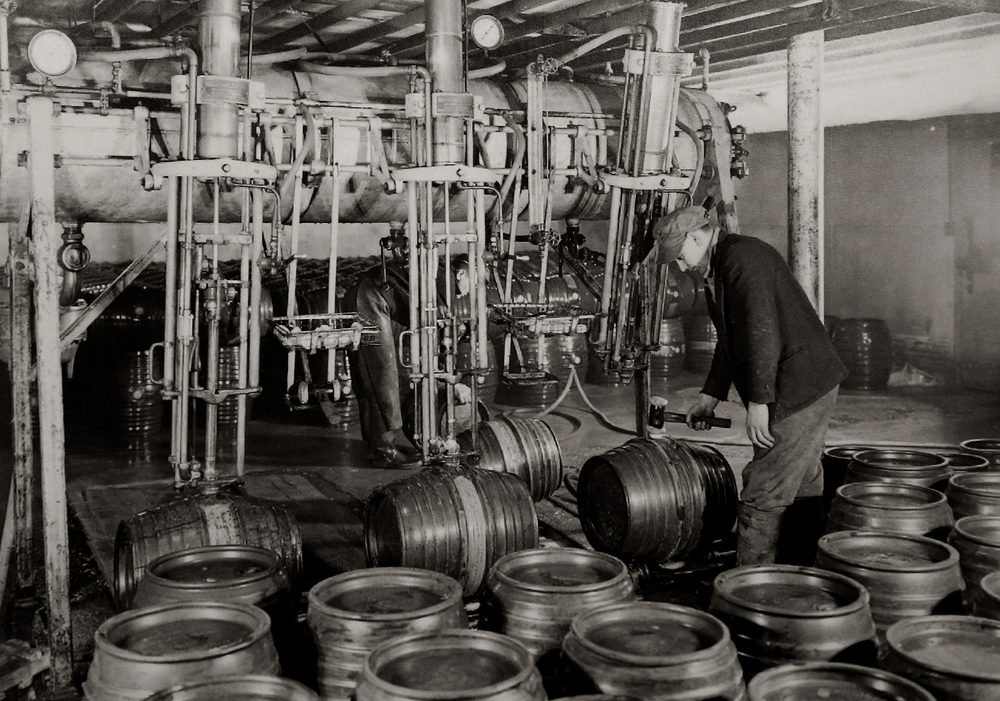 A HISTORY OF BRITISH BREWING